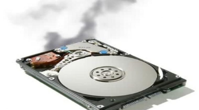 صدای غیر عادی هارد دیسک من زیاد بگوش میرسد کمک کنید!
